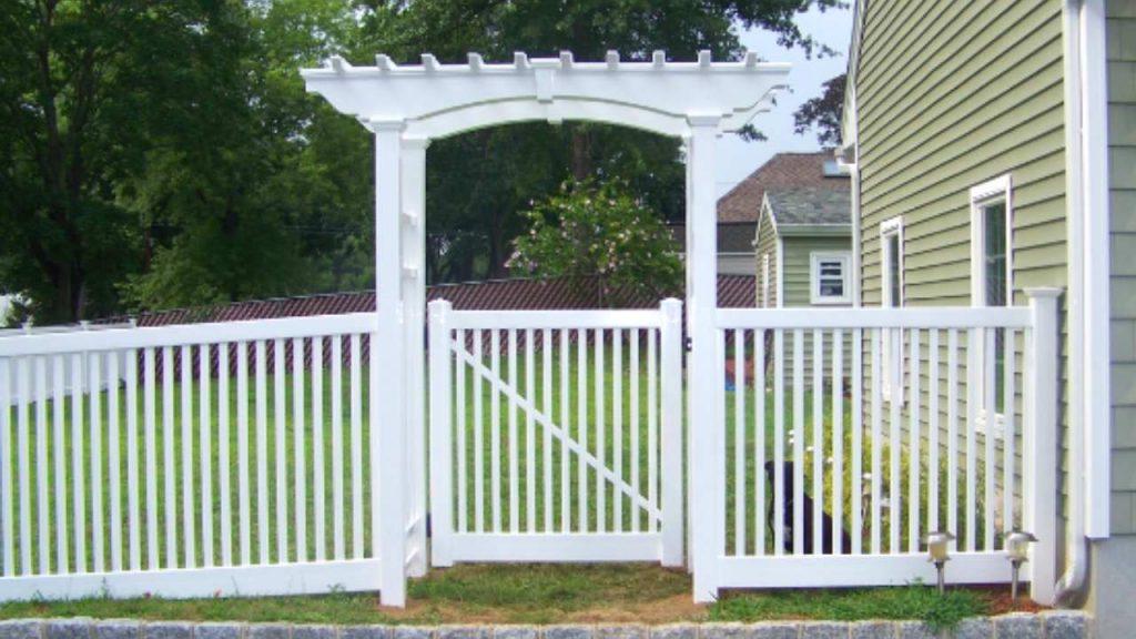 Impressive Pergola gates design